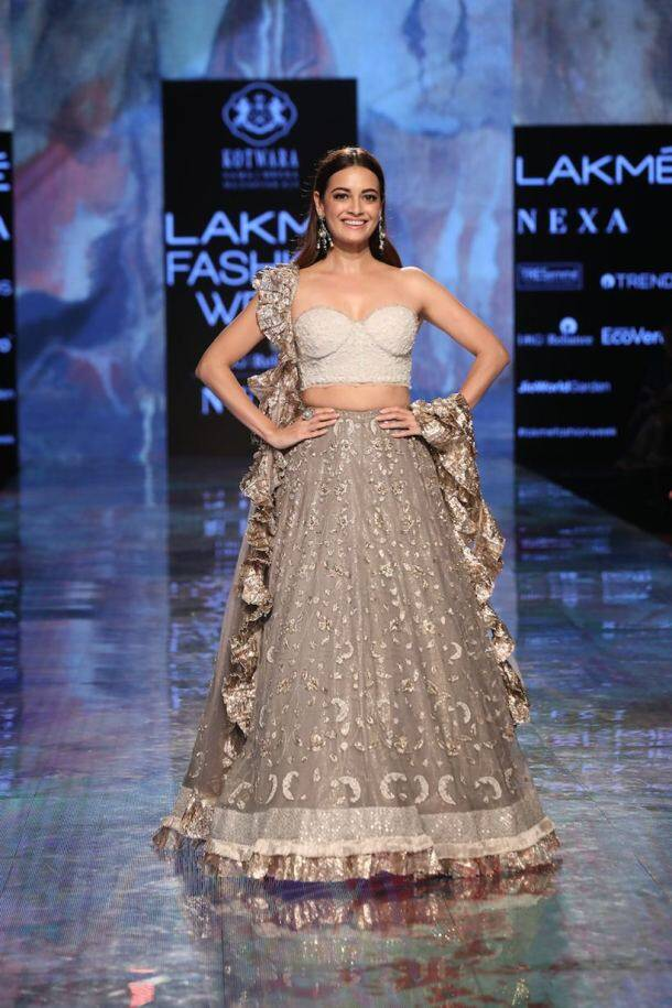 dia mirza, tabu, NORA FATEHI , daina penty, Lakme Fashion Week, Lakme Fashion Week summer spring, indian express news