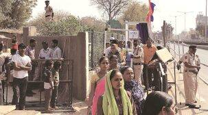 Ahmedabad: 'Beast' whizzes past the newly built wall along Saraniyavaas slum in 10 seconds as residents wait for the cavalcade