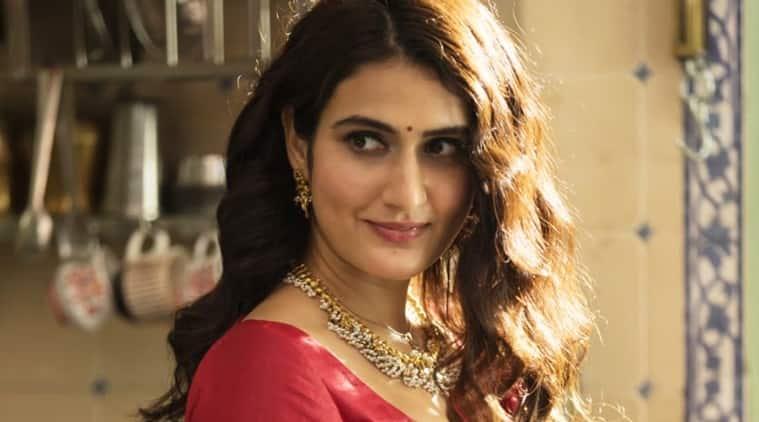 Suraj Pe Mangal Bhari fatima sana shaikh first look