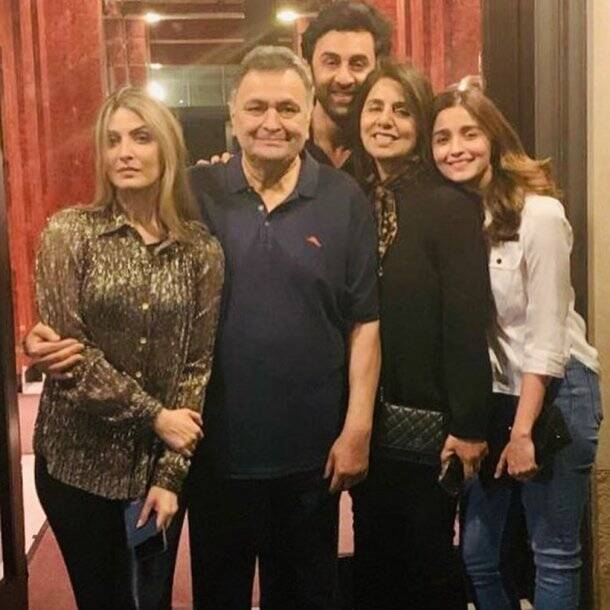 alia bhatt with ranbir kapoor family