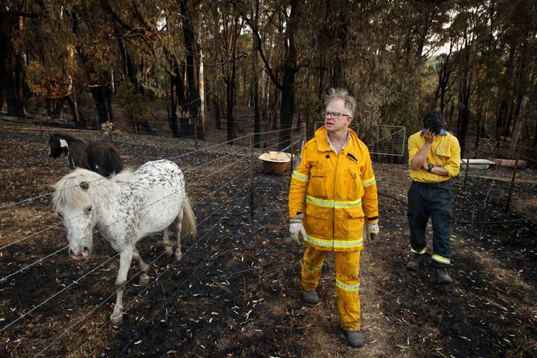 Australia's volunteer firefighters are heroes. But are they enough?