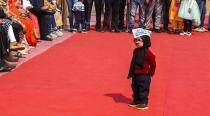 'Baby Mufflerman' at Arvind Kejriwal's swearing-in goes viral again