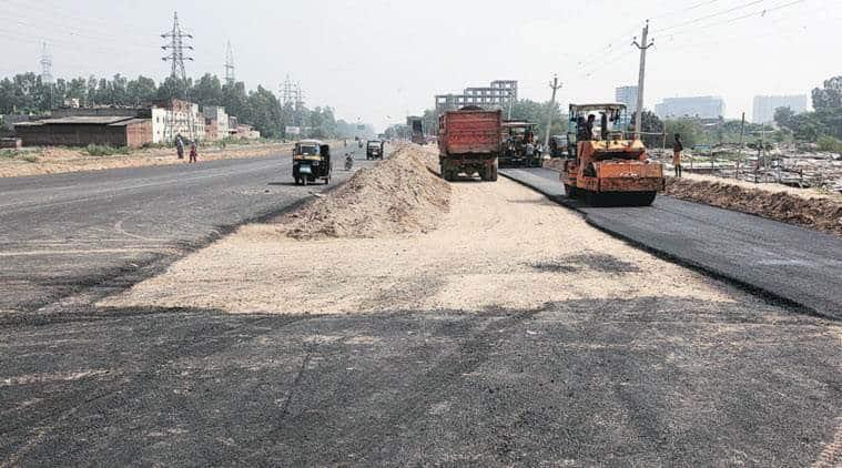 chandigarh road repair, chandigarh road work, chandigarh mc, chandigarh traffic police, chandigarh news, indian express
