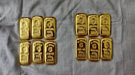 Four arrested from Bengaluru-Hyderabad highway for smuggling Rs 1.38 crore worth gold