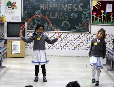 manish sisodia happiness curriculum, trump visit india, melina trump, delhi government schools, CM delhi arvind kejriwal, education news, indian express