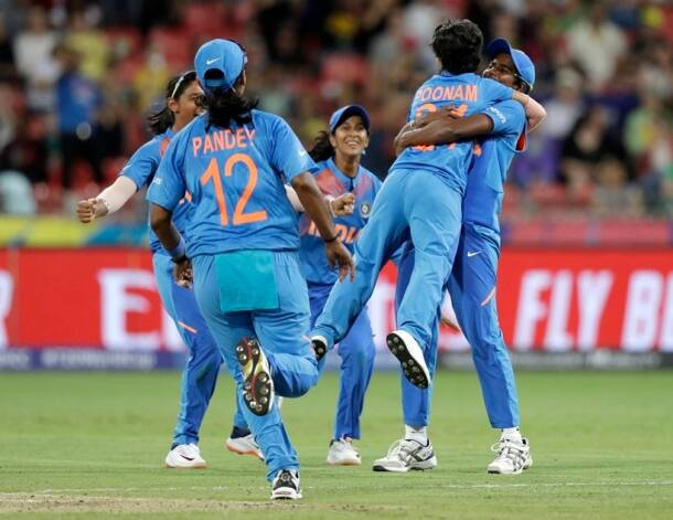 poonam yadav, india vs australia, india women vs australia, indw vs ausw, australia vs india, sydney world cup, world cup women