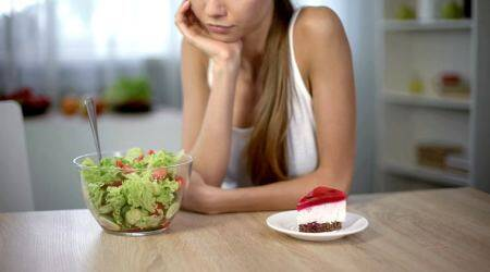 intuitive eating, What is intuitive eating, diet cheating, eating disorder, eating habits eating, Overeating, Mindful eating, what is Mindful eating