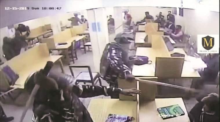 jamia violence, jamia violence new video, delhi police enters jamia library, jamia millia islamia, jamia library violence video, delhi city news, indian express