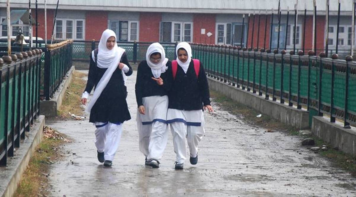 schools in kashmir, school reopening in Kashmir, Srinagar schools, kashmir coronavirus cases, srinagar news, article 370, kashmir lockdown, kashmir news, indian express