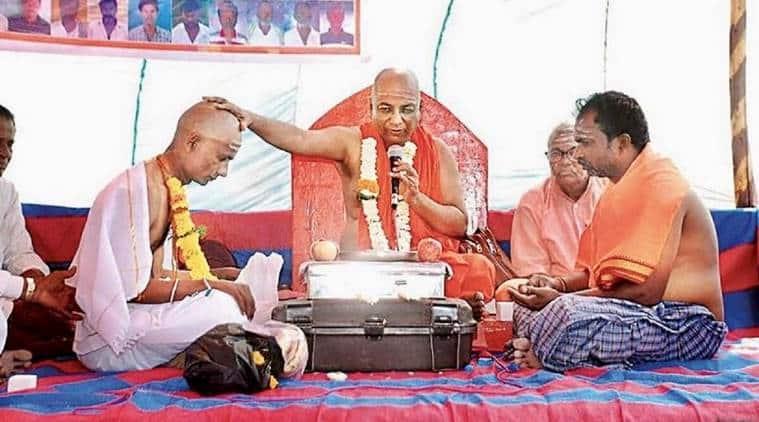 Karnataka: Muslim man, father to four, to be made pontiff in Lingayat mutt
