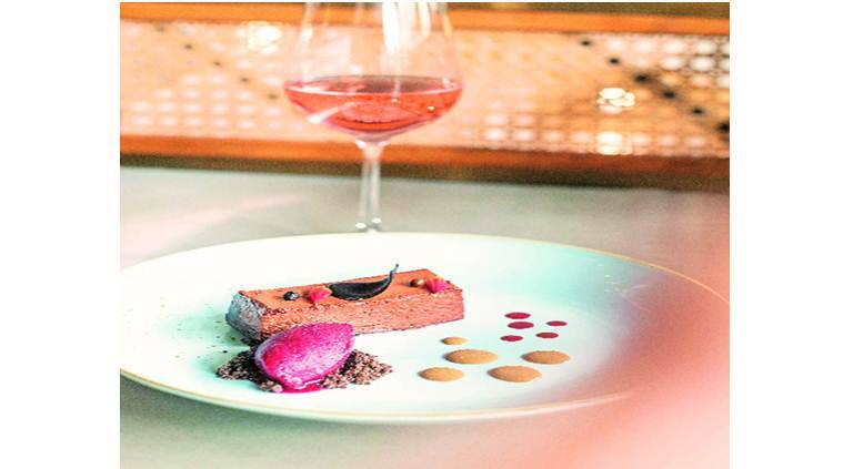 delhi areocity fine dining, Mesa Wine Bistro review, indian express