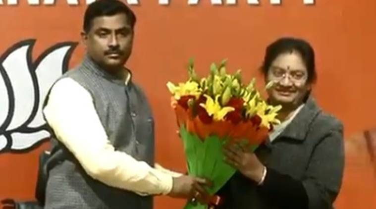 Sasikala Pushpa, Sasikala Pushpa AIADMK, Sasikala Pushpa joins BJP, AIADMK leader joins BJP, Tamil Nadu elections, Tamil Nadu Assembly elections, India news, Indian Express