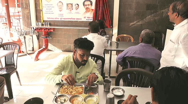 Maharashtra govt halves 'Shiv Bhojan' meal price, to be provided to one lakh people till June
