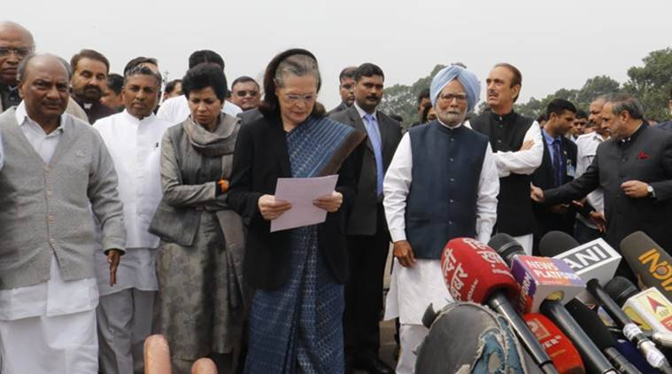 Congress meets President Kovind over Delhi violence, Sonia Gandhi urges removal of Home Minister