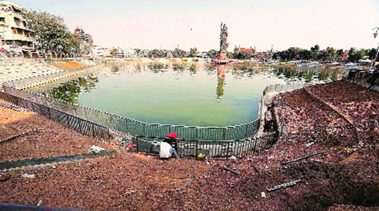 Rs 38-crore project at Sursagar Lake: No toilet part of renovation plan, people urinate in open