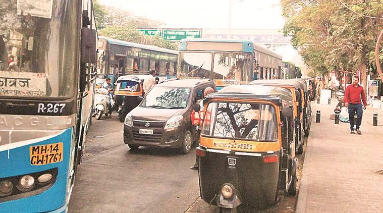 Pune-Mumbai highway, Wakdewadi bus stand traffic, Wakdewadi traffic, mumbai city news, pune city news