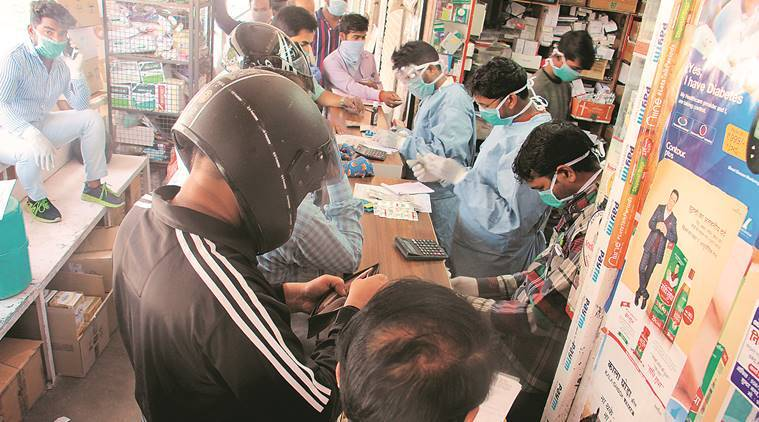 Lucknow: After PM's speech, spree of panic buying