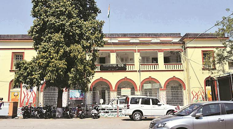 Campaign against Bihar govt plan to  raze Heritage Patna collectorate building