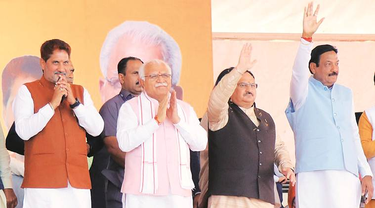Keeping fit, to keeping spouse happy: Khattar's message-a-day