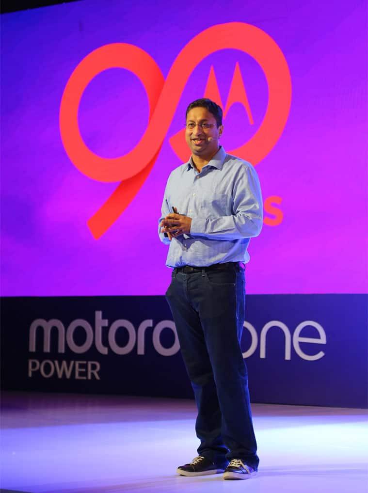 Motorola Razr, Moto Razr, Motorola Razr foldable phone, Moto Razr vs Galaxy Z Flip, Moto Razr review, Moto Razr price in India