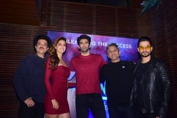 Malang Success Bash Disha Aditya Twin In Red Anil Kapoor Sports A Mask Entertainment Gallery News The Indian Express