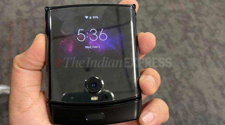 Motorola razr, Motorola razr India price, Razr India price, Razr price in India, Razr vs Z Flip, Moto Razr vs Galaxy Z Flip, Galaxy Z Flip vs Moto Razr price, Moto Razr specifications
