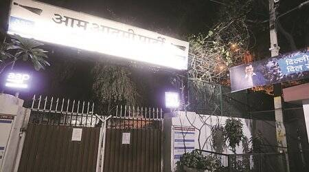 COVID-19: Parties shut Delhi offices, MCD staff too head home