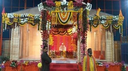 ram lalla idol. ram lalla idol placed in a temporary structure, yogi adityanath, ram mandir temple, ayodhya dispute, ayodhya verdict, up news, indian express news