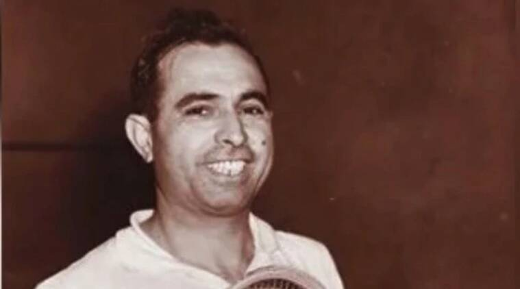 Pakistani squash great Azam Khan dies due to Covid-19 in London