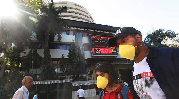 Sensex slumps 1,375 points, Nifty settles at 8,281 tracking global weakness, oil prices