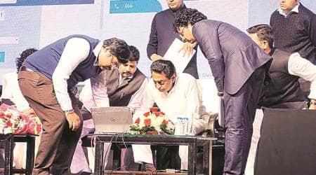 Madhya Pradesh, Madhya Pradesh govt, Kamal Nath Dwar Praday Yojana launch, Dwar Praday Yojana, doorstep delivery of govt documents, Kamal nath, Indian express