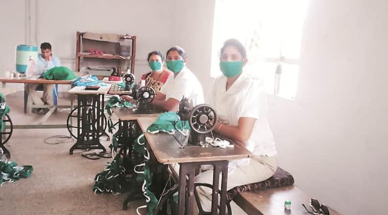 coronavirus outbreak, face mask, Bhandara Police, maharashtra news, indian express news