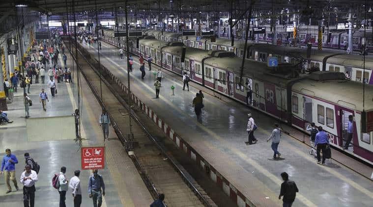 Mumbai local trains, Mumbai lockdown, mumbai coronavirus cases, mumbai local trains open, mumbai news, uddhav thackeray on coronavirus