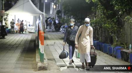 Kejriwal: 441 evacuated from Nizamuddin markaz COVID-19 symptomatic