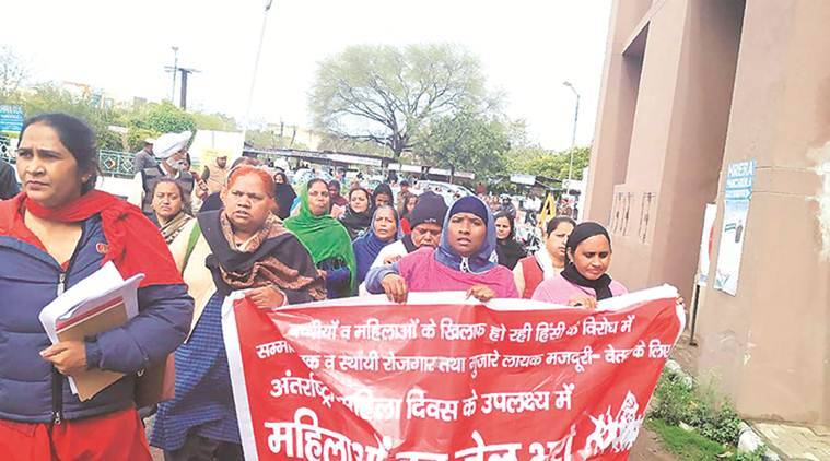 Anganwadi, Asha, mid-day meal workers protest outside Panchkula DC office