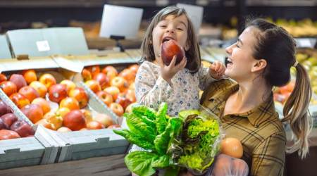 how to make kids eat healthy, parenting hacks, parenting, healthy eating, indian express, indian express news
