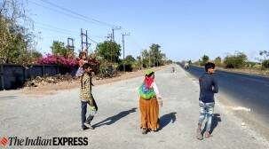 Migrants continue to leave Rajkot in droves, get transport from Chotila