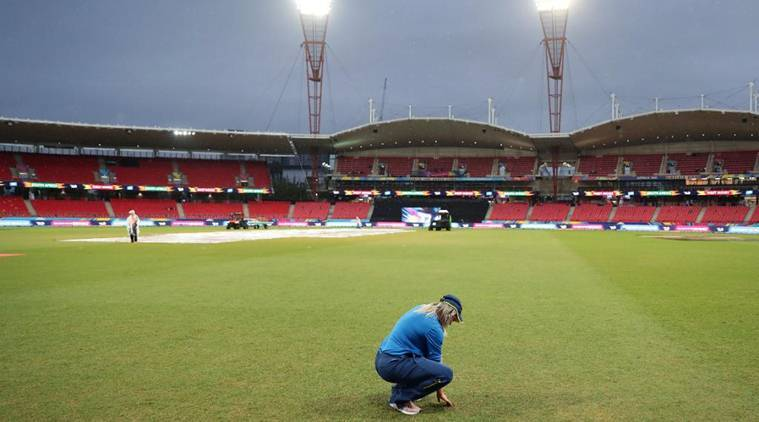 Womens t20 world cup semifinal rain sydney weather india vs england