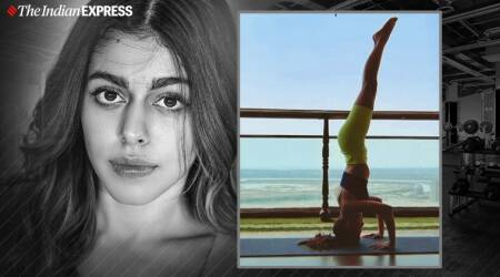 Jawaani Jaaneman actor, Jawaani Jaaneman alaya F, Jawaani Jaaneman films, Alaya F fitness, fitness goals, celeb fitness, alaya furniturewala pics, pooja bedi daughter, kabir bedi granddaughter, Utthita Pada Sirsasana, split-legged sirsana, tips to do split legged headstand, headstand benefits,