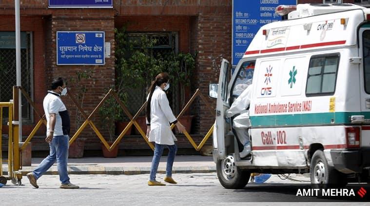 delhi covid death toll, delhi covid hospital death toll, delhi coronavirus hospital data, delhi govt vs hospitals, delhi coronavirus cases, delhi covid cases, delhi news, indian express