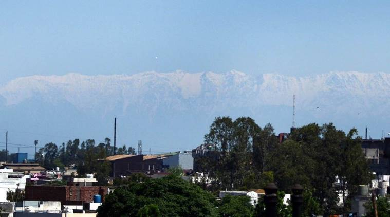 As air gets cleaner, Himachal's Dhauladhar mountain is visible from Jalandhar