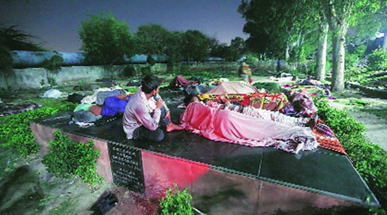 Erected to honour capital's first L-G, plaque along the Yamuna now serves as bed for many