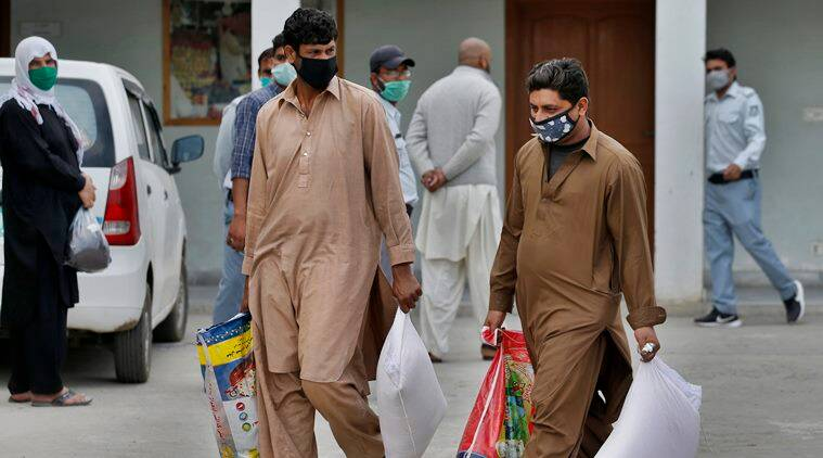 Pakistan delays decision on lockdown until Tuesday as coronavirus cases  rise to 5,493 | coronavirus outbreak News,The Indian Express