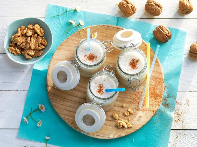 walnut recipes, work from home cooking, what to cook when working from home, home quarantine, cooking in less than 15 minutes, chef sabyasachi gorai, indianexpress.com, indianexpress, easy recipes, simple recipes, walnut benefits, walnut dishes, walnut shake,