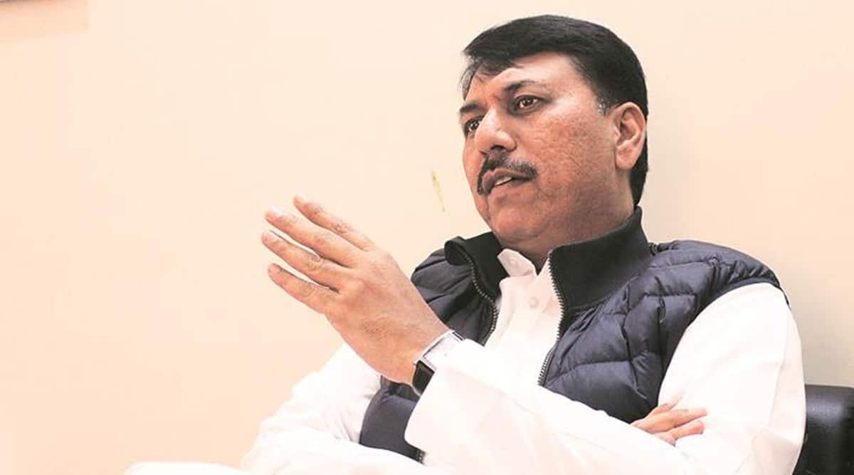 gujarat assembly, Covid panndemic, Vijay Rupani, opposition slams Gujarat govt, Indian express news