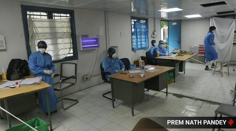 coronavirus, coronavirus in gujarat, Surat hospitals staff tests positive, gujarat hospital closed coronavirus, Surat hospital closed, staff test positive, covid 19 tracker, covid 19 india tracker, coronavirus latest news, indian express news