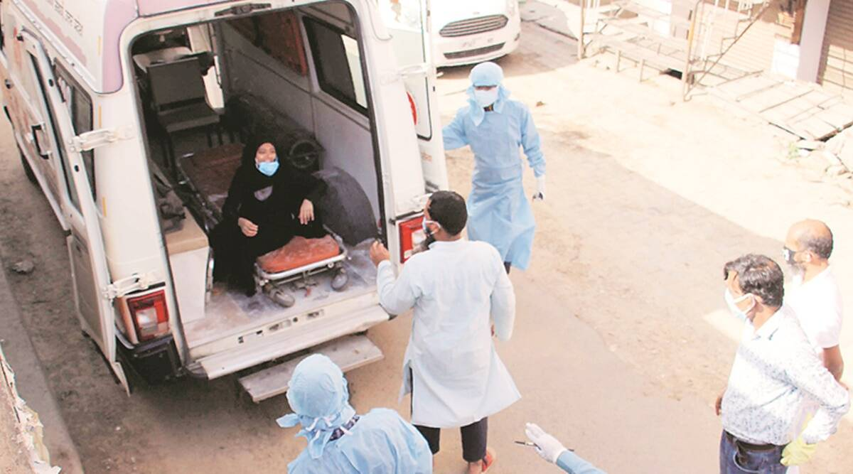 Meerut: Health workers 'attacked' trying to take Covid patient to hospital, two held