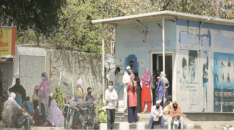 Delhi: Mohalla clinic doctor tests positive for coronavirus, 1,200 being traced