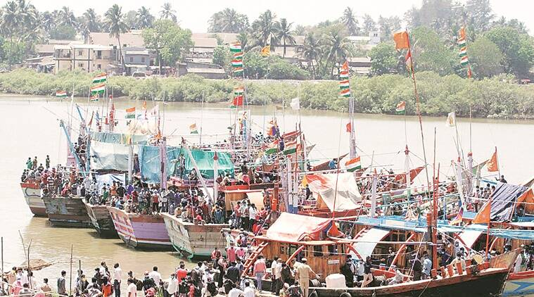 Not allowed to deboard, 600 fishermen from Maharashtra say: worse than being afflicted by corona