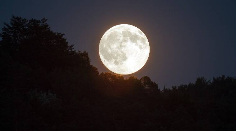 super pink moon, super moon, pink moon, moon, what is pink moon, where to watch super pink moon